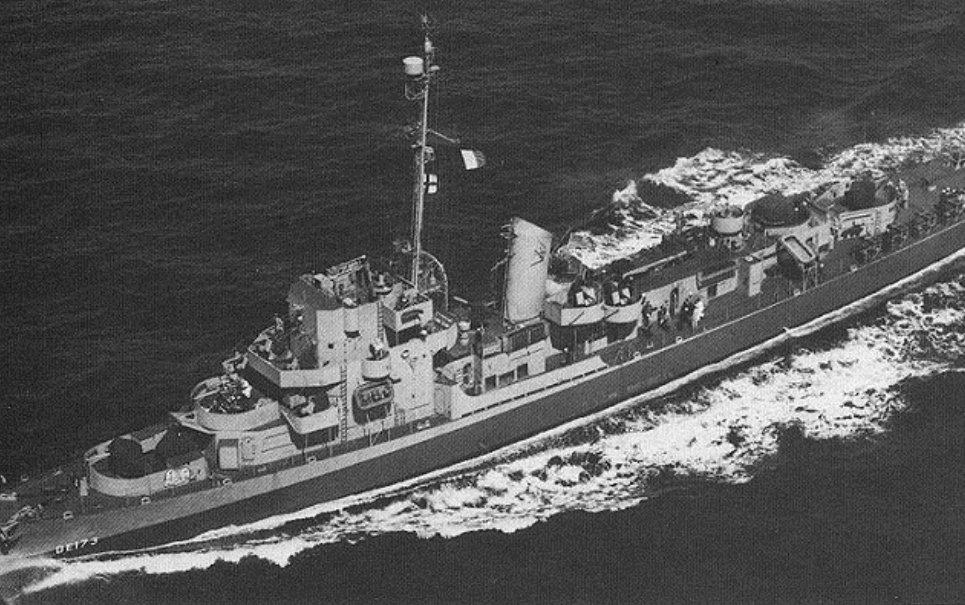 Conheça a história do navio de guerra que teria sido teleportado em 1943