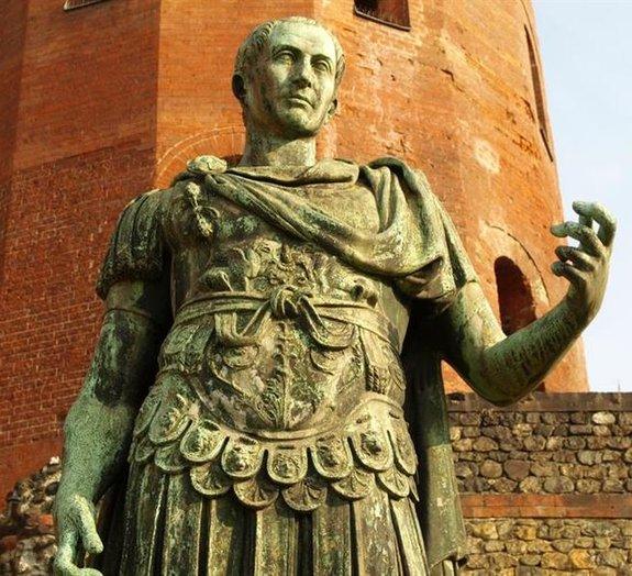 Mito ou verdade: Júlio César foi o primeiro bebê a nascer de cesariana?