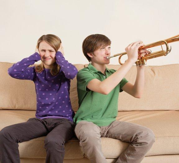 Conheça a misofonia: uma condição médica de intolerância a sons