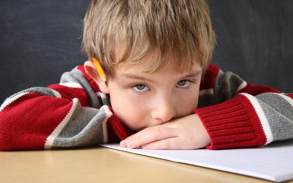 Medicamentos para TDAH não garantem melhor desempenho escolar