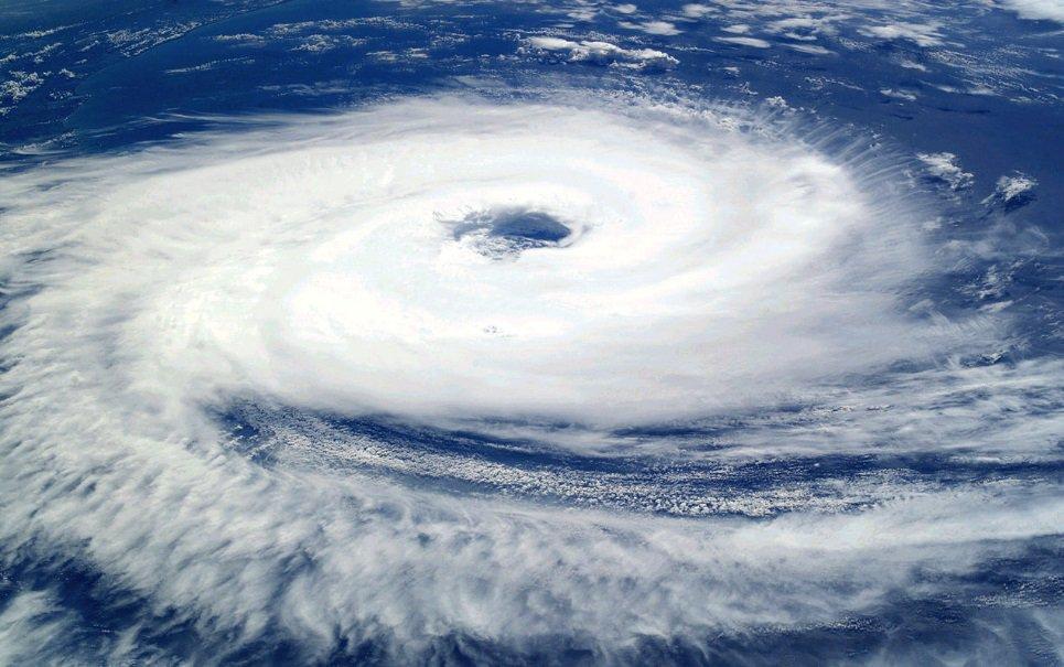 Você sabe por que os furacões com nome de mulher costumar ser mais mortais?