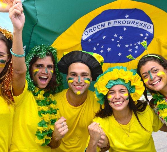 Fóbicos e maníacos: fujam para as colinas durante a Copa do Mundo!