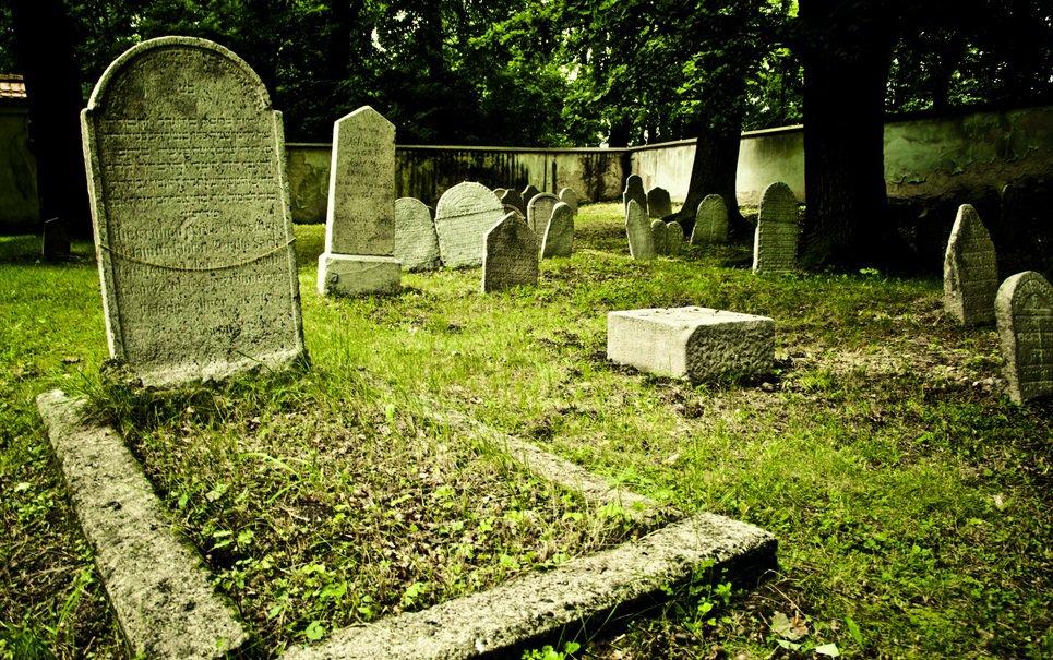 8 casos estranhos e inesperados de roubo de cadáveres