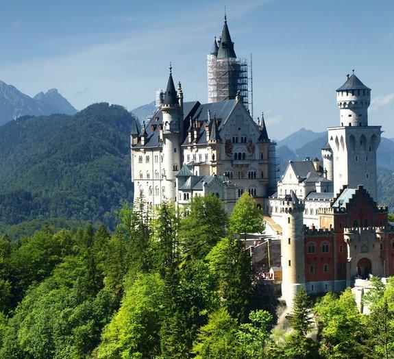 Fã de castelos? Que tal conhecer 13 dos mais interessantes do mundo?