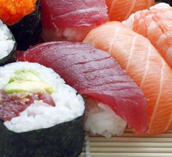 Sushi, a história e as variações do delicioso prato da culinária japonesa