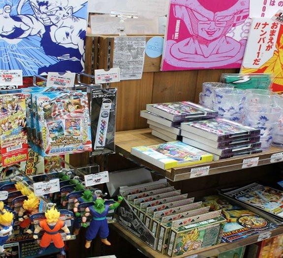 Paraíso Otaku: confira como é uma loja oficial da Jump Shop