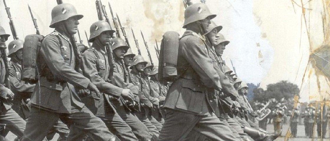 Você sabia que os uniformes nazistas eram Hugo Boss?