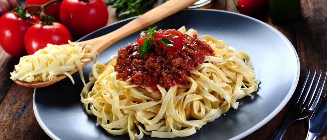 Sabia que Mussolini já quis banir o macarrão da culinária italiana?