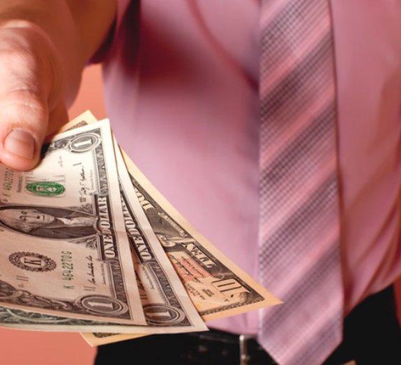 Estas 5 pessoas ricas doaram todo seu dinheiro à caridade