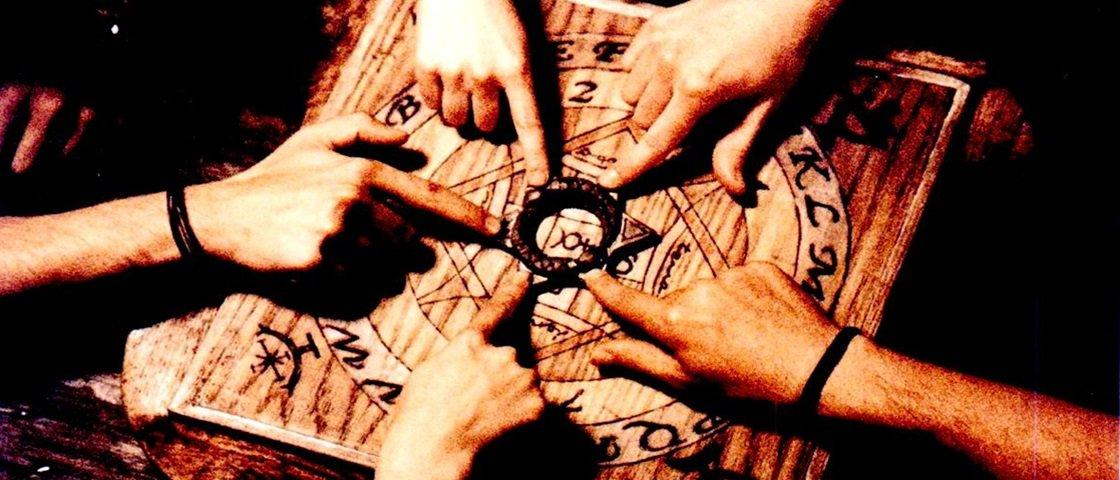 Tábua Ouija: veja como ela funciona em necromancia e invocações demoníacas