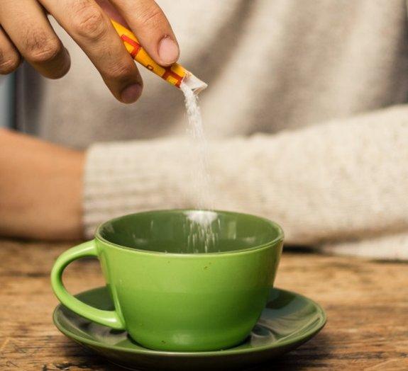 Estudo revela por que alguns adoçantes elevam a taxa de açúcar no sangue