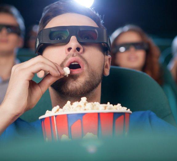 Afinal, qual é o melhor lugar para sentar em uma sala de cinema?