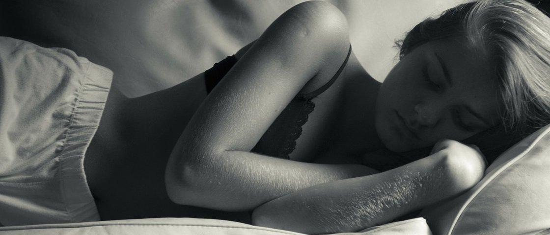 10 coisas estranhas que o seu corpo faz enquanto você dorme