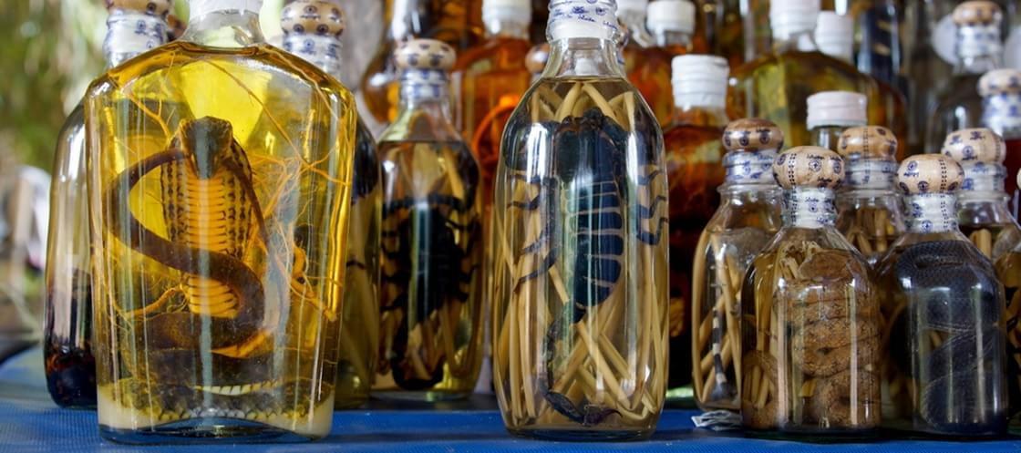 Só para os fortes: as 10 bebidas mais sinistras que existem no mundo