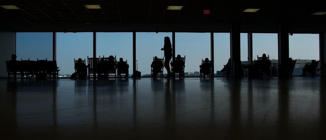 Aeroportos norte-americanos apostam em cadeiras de balanço