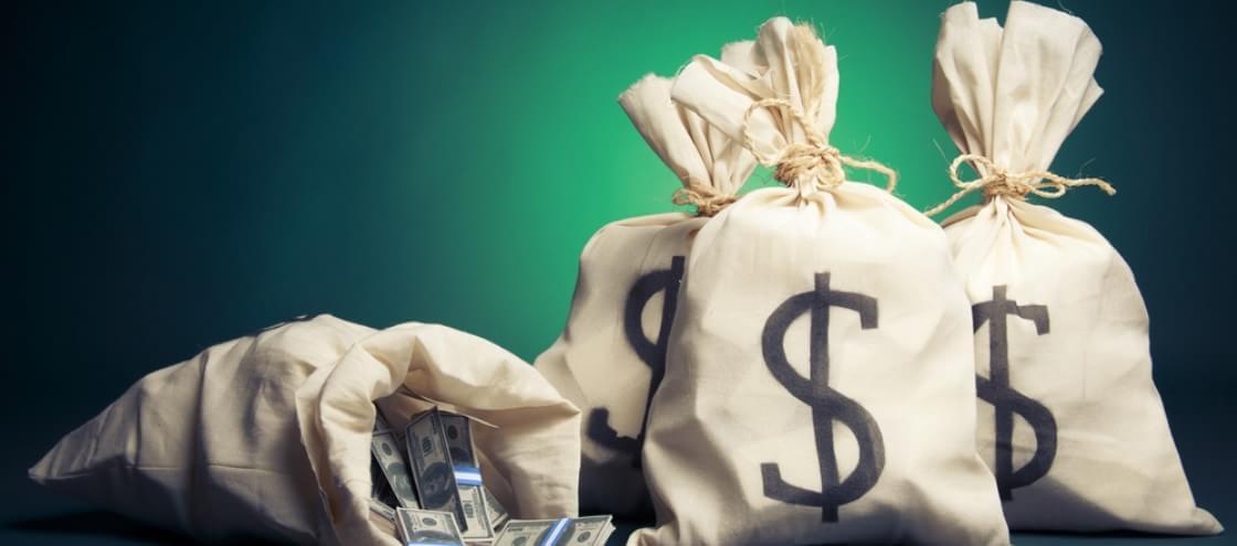 Segundo a ciência, o dinheiro pode trazer a felicidade sim!