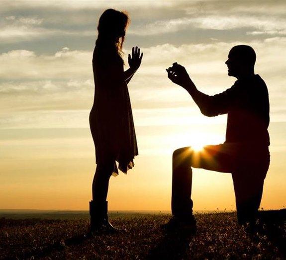 7 vídeos de pedidos de casamento que provavelmente vão fazer você chorar
