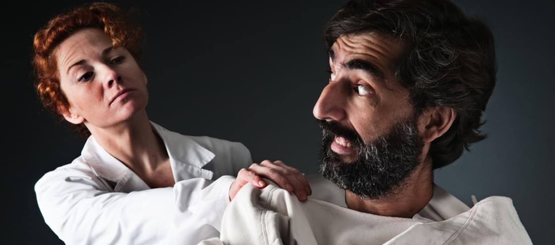 Cientistas tentavam curar a esquizofrenia removendo órgãos dos pacientes