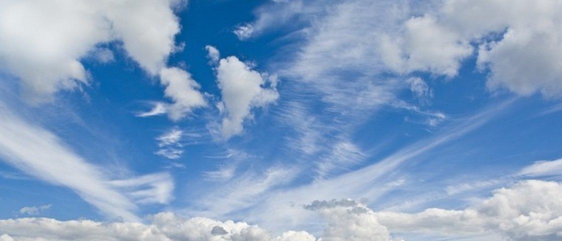 Mente poluída: moradores registram foto de nuvem em formato fálico – veja!