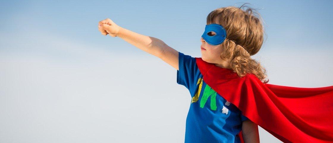 5 séries e filmes de super-heróis mais bizarros de todos os tempos