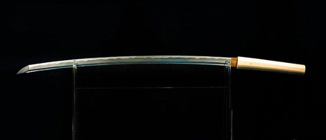 Arma lendária: veja uma katana forjada a partir de um meteorito