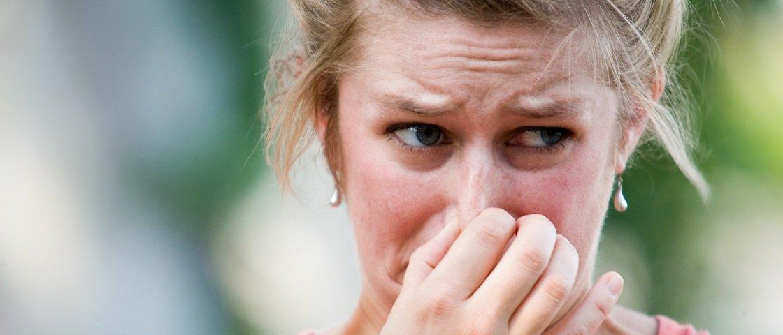 Tem Na Web - Por que os puns de outras pessoas cheiram muito pior que os nossos?