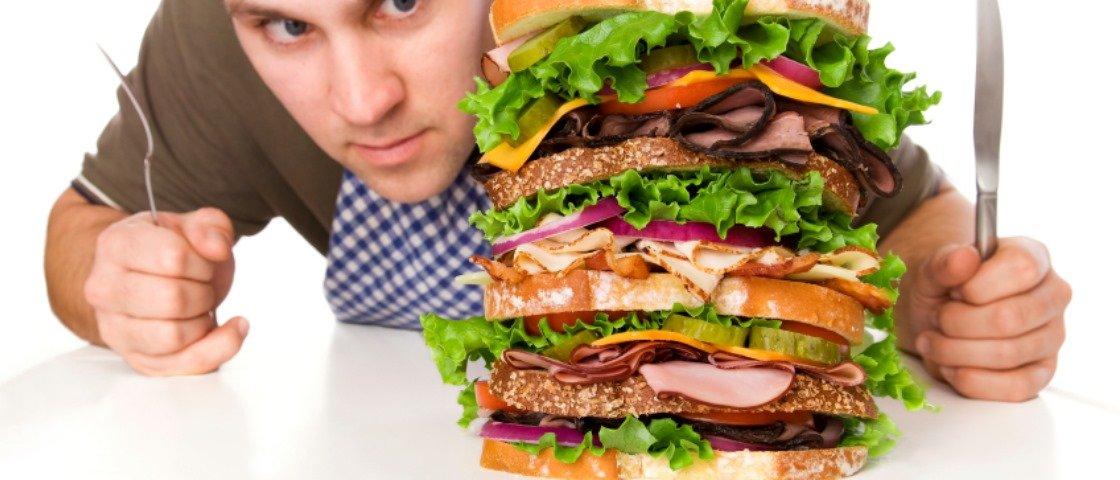 Conheça 7  dos lanches mais estranhos vendidos em redes de fast-food