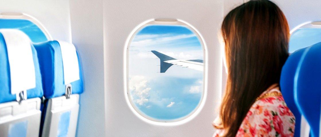 Viaje tranquilo: conheça os ruídos que ouvimos dentro do avião