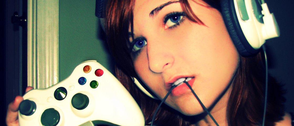Mulheres que jogam games violentos se acham namoradas melhores, diz estudo