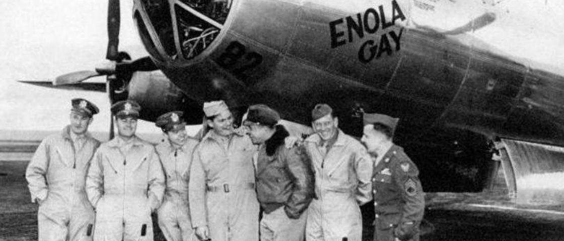 37357a39fd3 Conheça os homens que lançaram as bombas atômicas sobre o Japão há 70 anos