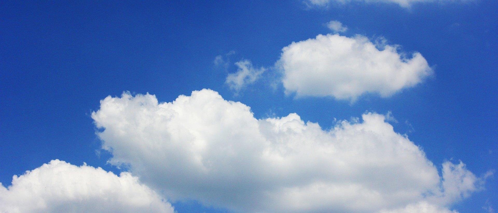 Aprenda a criar uma nuvem dentro de sua boca [vídeo]