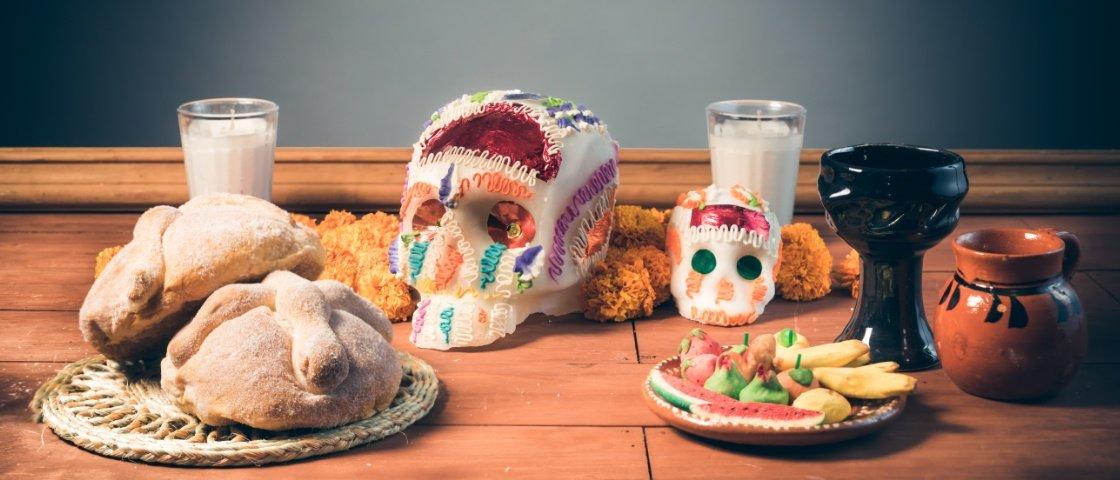Descubra o que são os símbolos que compõem o altar do Día de Los Muertos