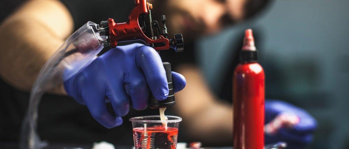 Vixe! 5 possíveis malefícios que as tatuagens podem trazer à saúde