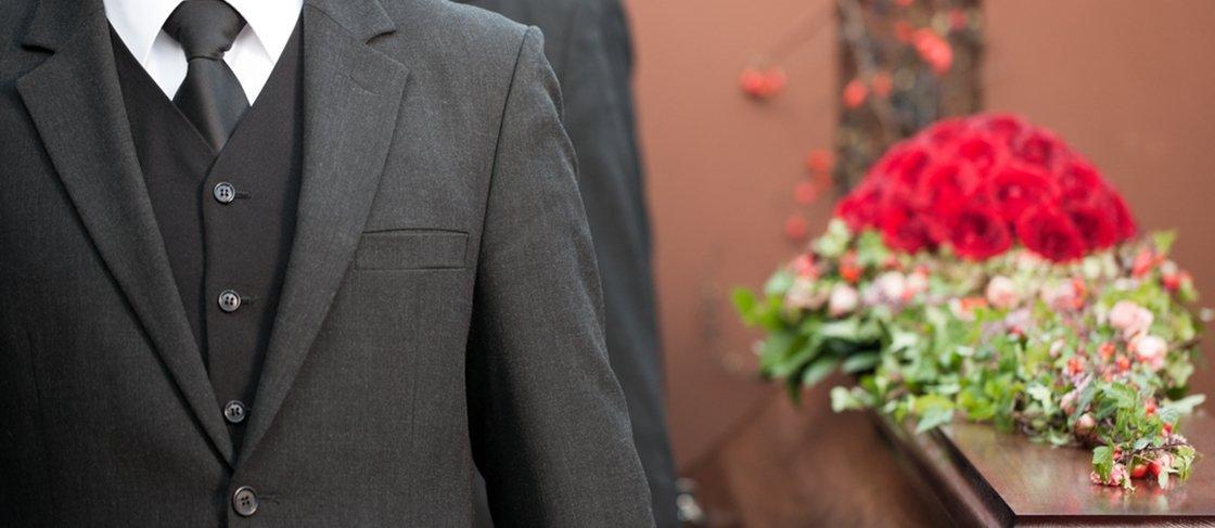 """""""Cemitérios Virtuais"""": o que acontece com os perfis de quem morre?"""