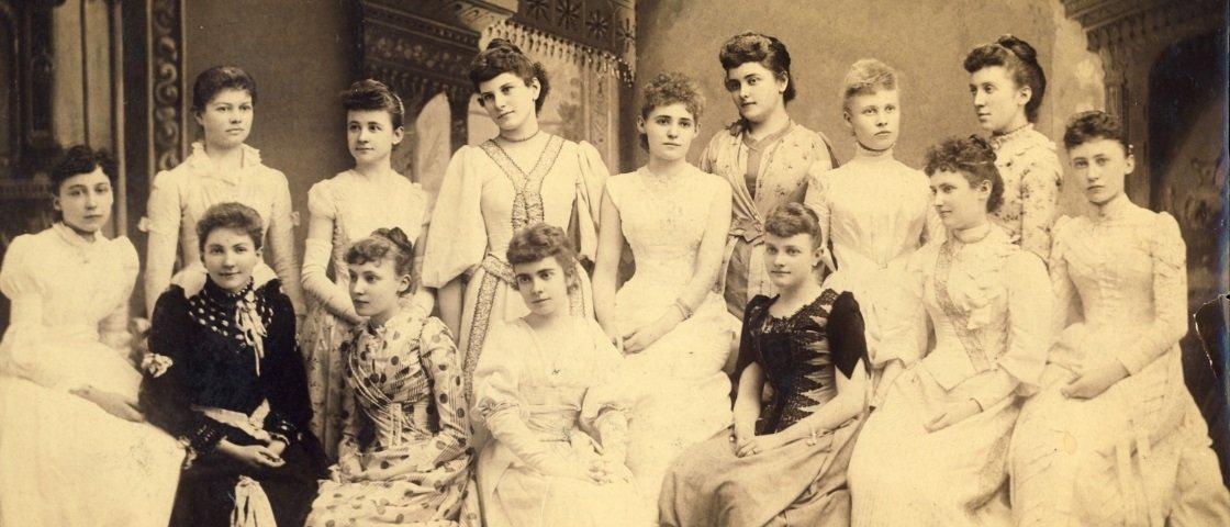 """Bizarro: 4 """"doenças"""" malucas do passado que eram atribuídas às mulheres"""