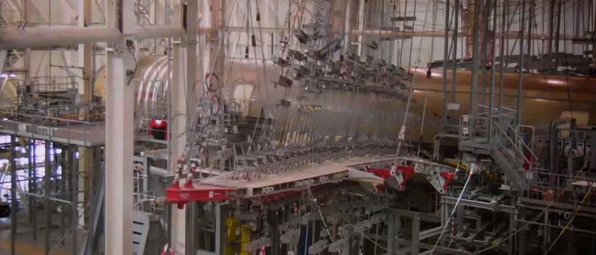 Veja como são absurdos os testes de resistências de aviões comerciais