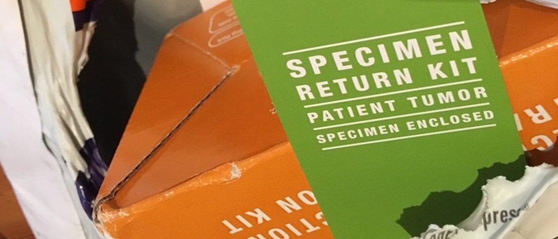 Homem compra Kindle pela internet e recebe pacote com um tumor dentro