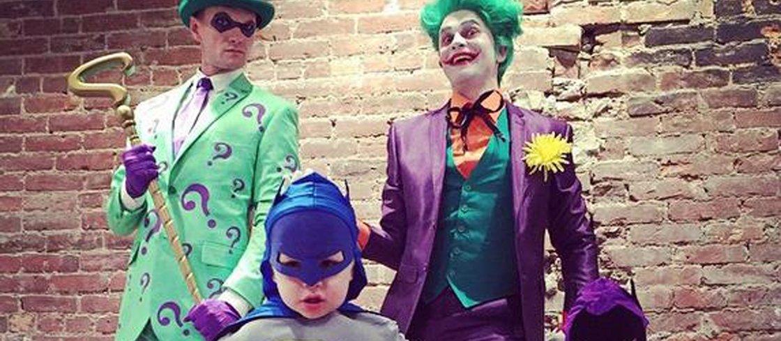 O que acontece quando pais nerds resolvem se fantasiar com os filhos