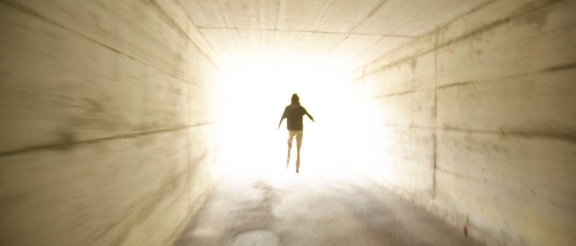 5 histórias cabulosas de pessoas que tiveram Experiências de Quase Morte