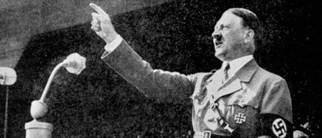 Além de ter micropênis, Hitler seria o rei dos fetiches, segundo relatório