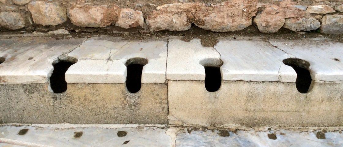 Nojinho: 5 formas como os antigos romanos usavam xixi e cocô no dia a dia
