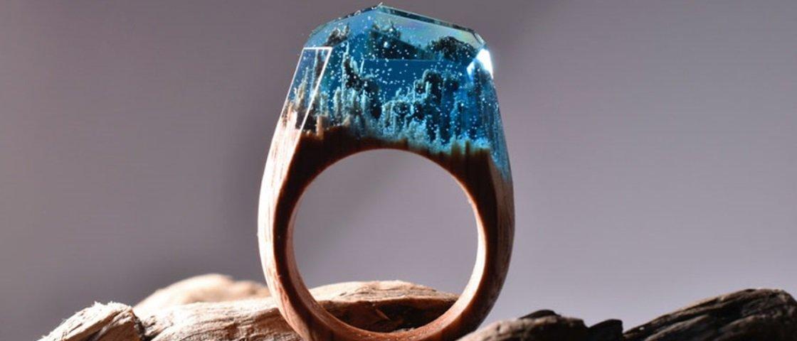 9 anéis maravilhosos que recriam pequenos universos em madeira