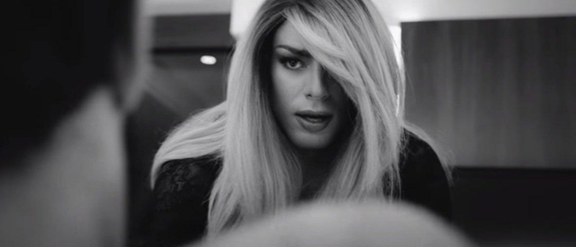 Surpreendente: Cauã Reymond vive transexual em clipe de música