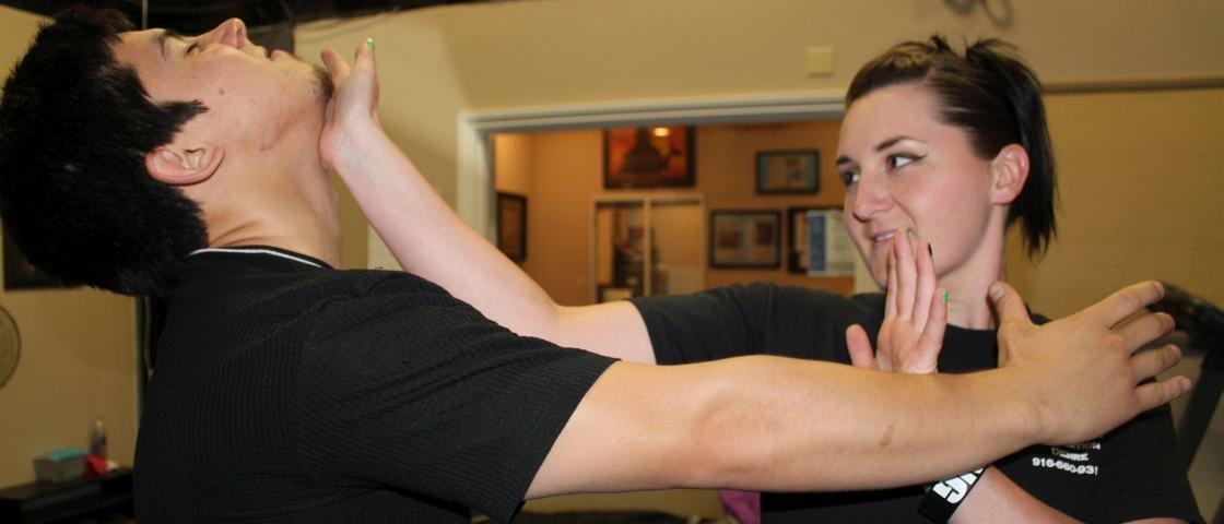 7 técnicas de autodefesa que você pode aplicar quando sofrer um ataque