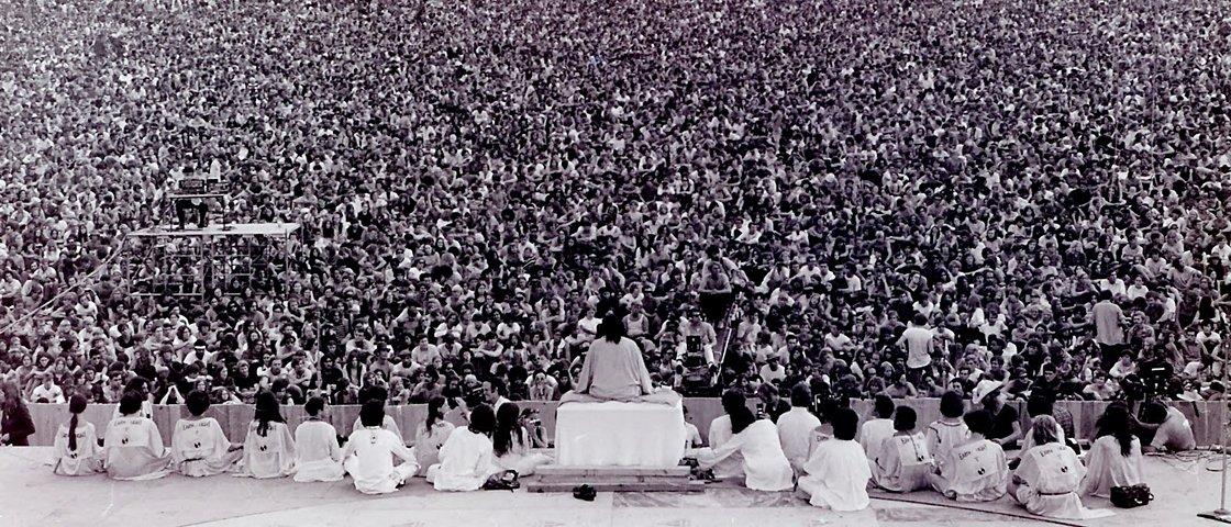 13 fotos revelam por que o festival de Woodstock foi tão insano