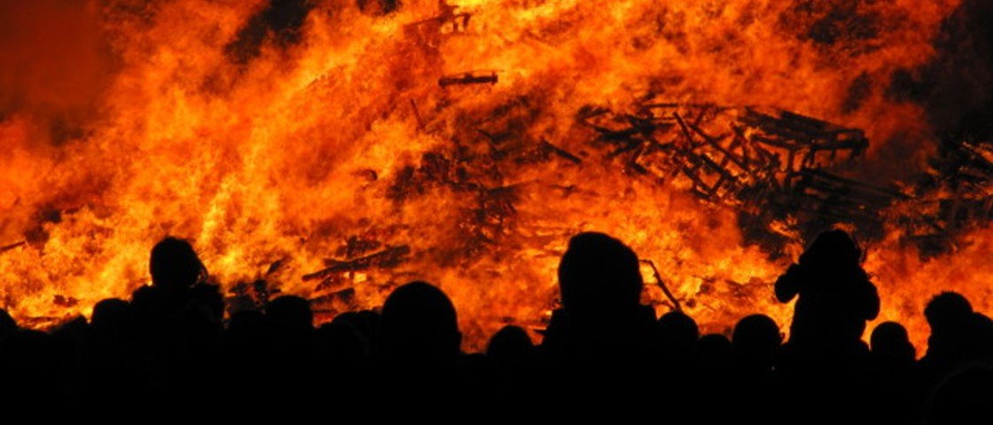 Resultado de imagem para Qual é a temperatura do inferno?