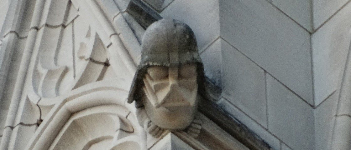 Fora de lugar: 5 esculturas inusitadas descobertas em catedrais góticas