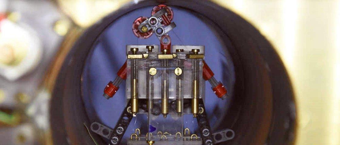 Cientistas desenvolvem robôs microscópicos na luta contra o câncer