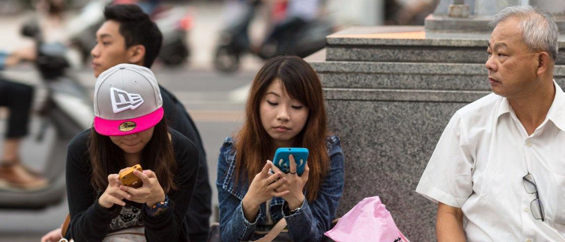 Passar muito tempo no Facebook aumenta sua sensação de isolamento