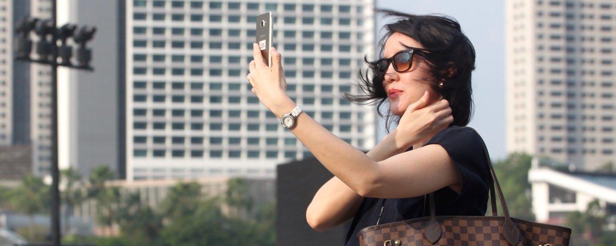 Selfie em instalação artística causa prejuízo de US$ 200 mil